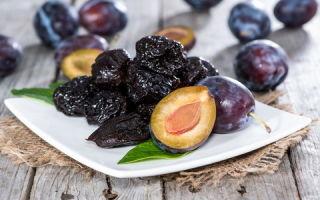 Какие витамины в черносливе: химический состав продукта и противопоказания