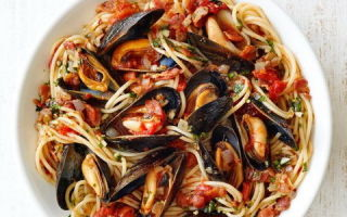 Какие витамины в мидиях: польза и вред морепродукта