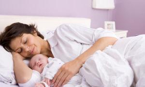 Витамины для кормящих мам: какие лучше и как выбрать?