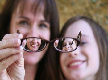 Витамины для глаз для улучшения зрения в каплях и таблетках: рейтинг эффективных препаратов