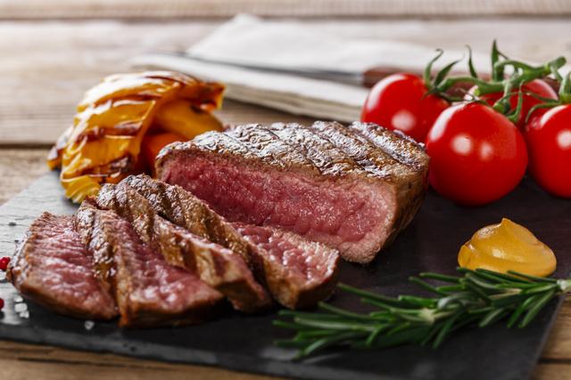 В каких продуктах содержится витамин В12?