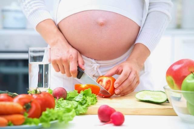 Миндаль при беременности источник витамина Е для будущих мам