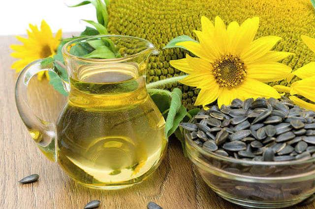 Какие витамины в подсолнечном масле?