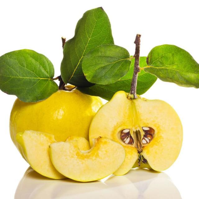 Какие витамины содержатся в айве?