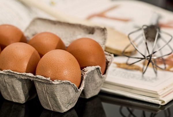 Сырые яйца: польза и вред для организма
