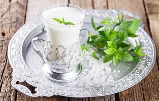 Айран: польза и вред для здоровья организма