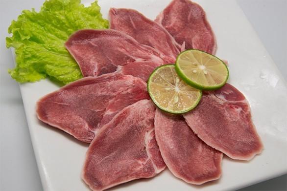 Свиной язык: польза и вред для организма