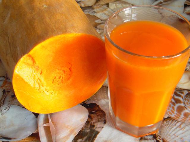 Тыквенный сок: польза и вред для организма