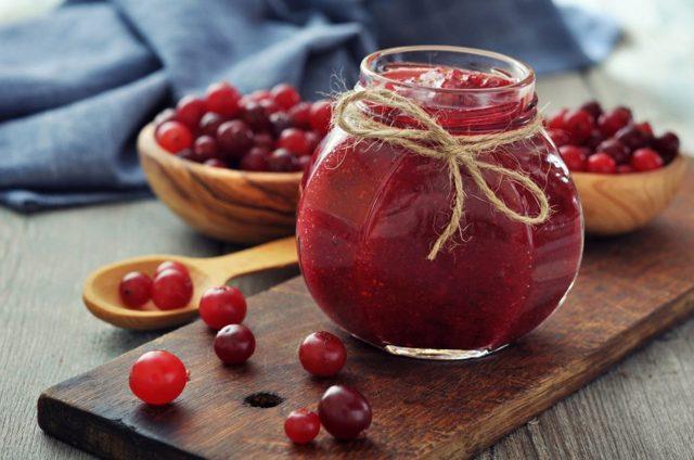 Варенье из клюквы: 11 рецептов приготовления