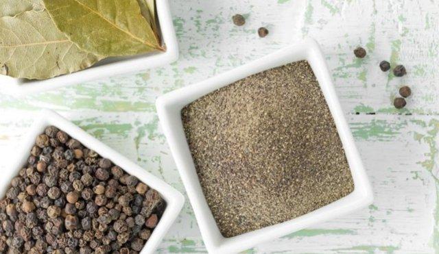 Черный молотый перец: польза и вред