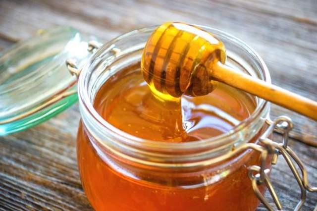Майский мед: полезные свойства и противопоказания