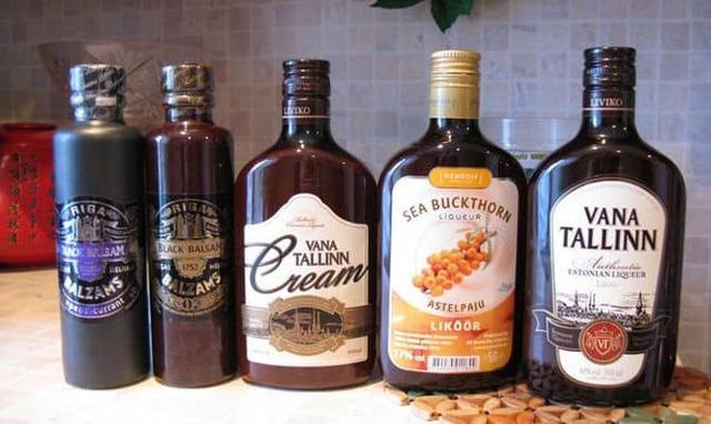 Как правильно пить бальзам: чем запивать и закусывать