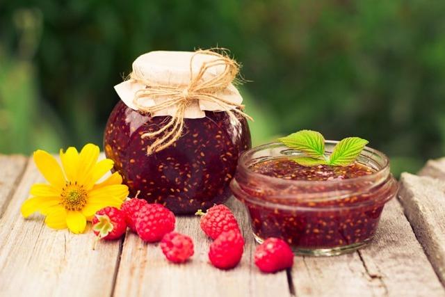 Малиновое варенье: польза и вред для здоровья