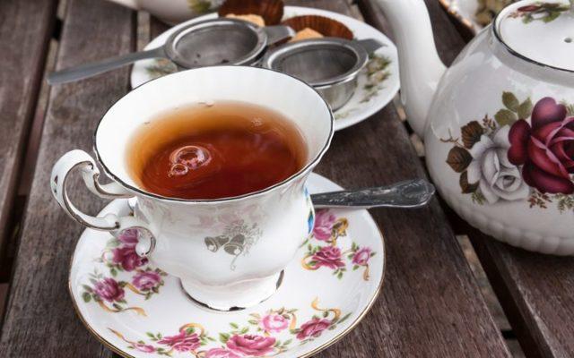 Чай с бергамотом: польза и вред для организма