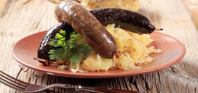 Кровяная колбаса: польза и вред для организма