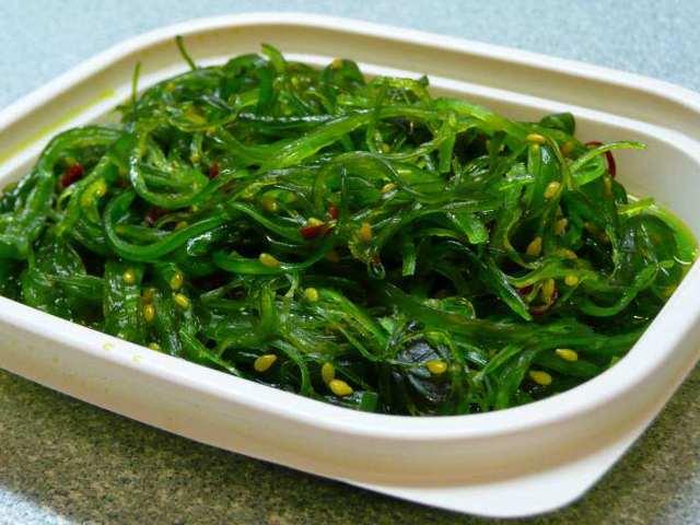 Салат чука: польза и вред морских водорослей