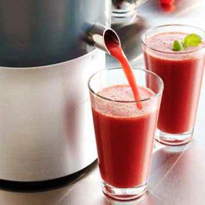 Свекольный сок: польза и вред для организма