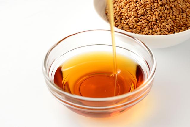 Кунжутное масло: польза и вред для организма