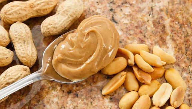 Арахисовое масло: польза и вред для организма