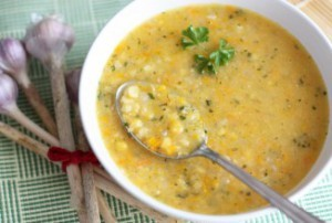 Гороховый суп: польза и вред для организма