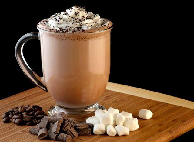 Горячий шоколад: польза и вред для здоровья
