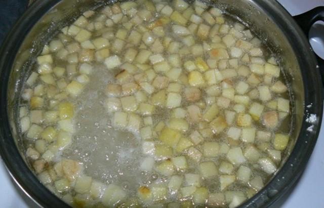 Варенье из брусники: 3 рецепта приготовления