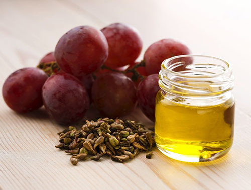 Масло из виноградных косточек: польза и вред