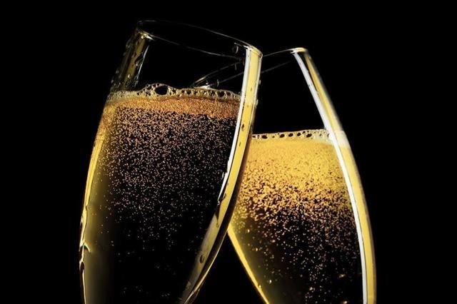 Шампанское: польза и вред для здоровья человека