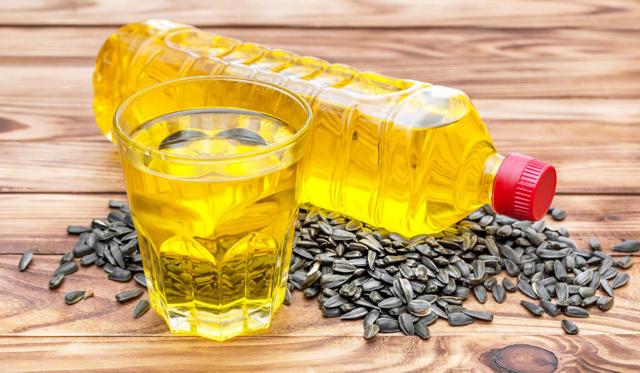 Подсолнечное масло: польза и вред для организма