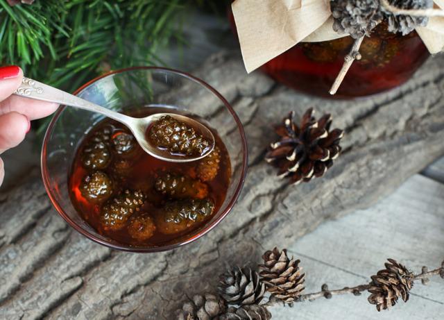 Варенье из шишек сосны: польза и вред