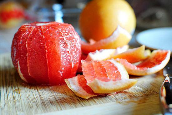 Грейпфрут: польза и вред для здоровья организма